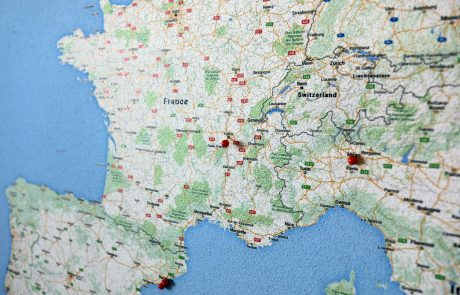 Pinning Lyon on the ASIMUT map